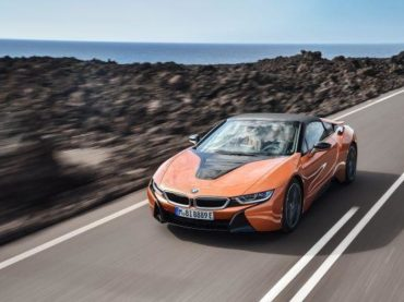 BMW's new i8 Roadster features a great number of 3D printed metal parts