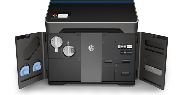 HP introduces its new Jet Fusion 300 / 500 series of 3D printers