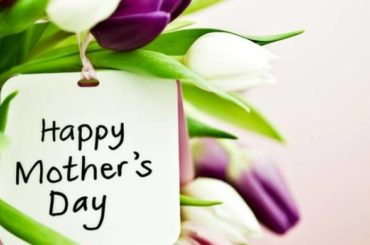 Use 3D technology to fabricate a gift for the International Mother's Day