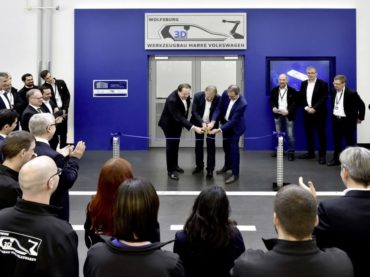 Volkswagen opens 3D printing facility and will mass produce parts in 2 or 3 years