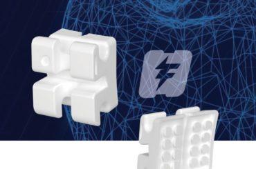 Avec un système de crochets imprimés 3D 100% personnalisés, les orthodontistes adaptent les appareils dentaires à chaque patient